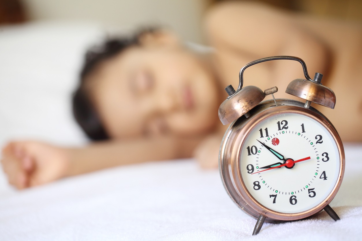 How to Handle the Clock Change with Babies and Older Children